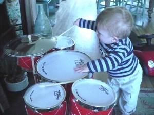 Drumming Noah